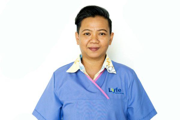 Karn Thanadechaparn (Chi Nei Tsang Healing Practitioner)