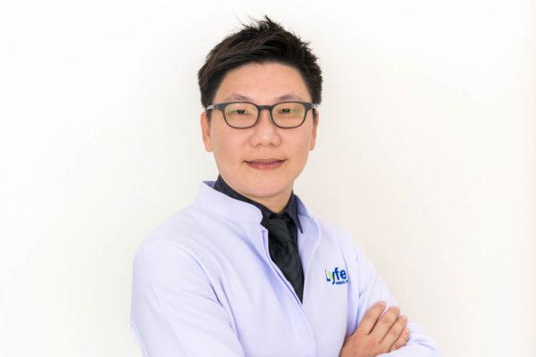 Doctor Sawatchai Nawakitrangsan M.D.