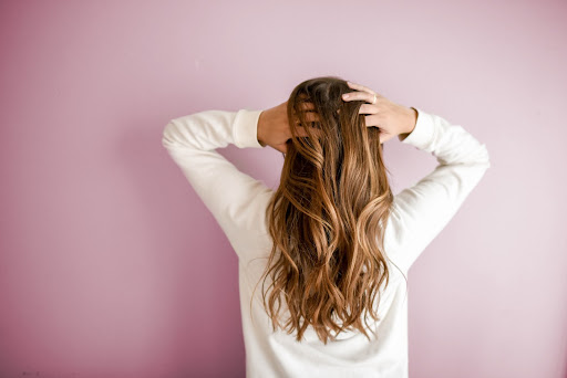 Why Do Women Experience Thinning Hair? Possible Treatments Explained